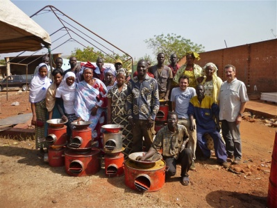15-artisans-representantes-projets-solidaires